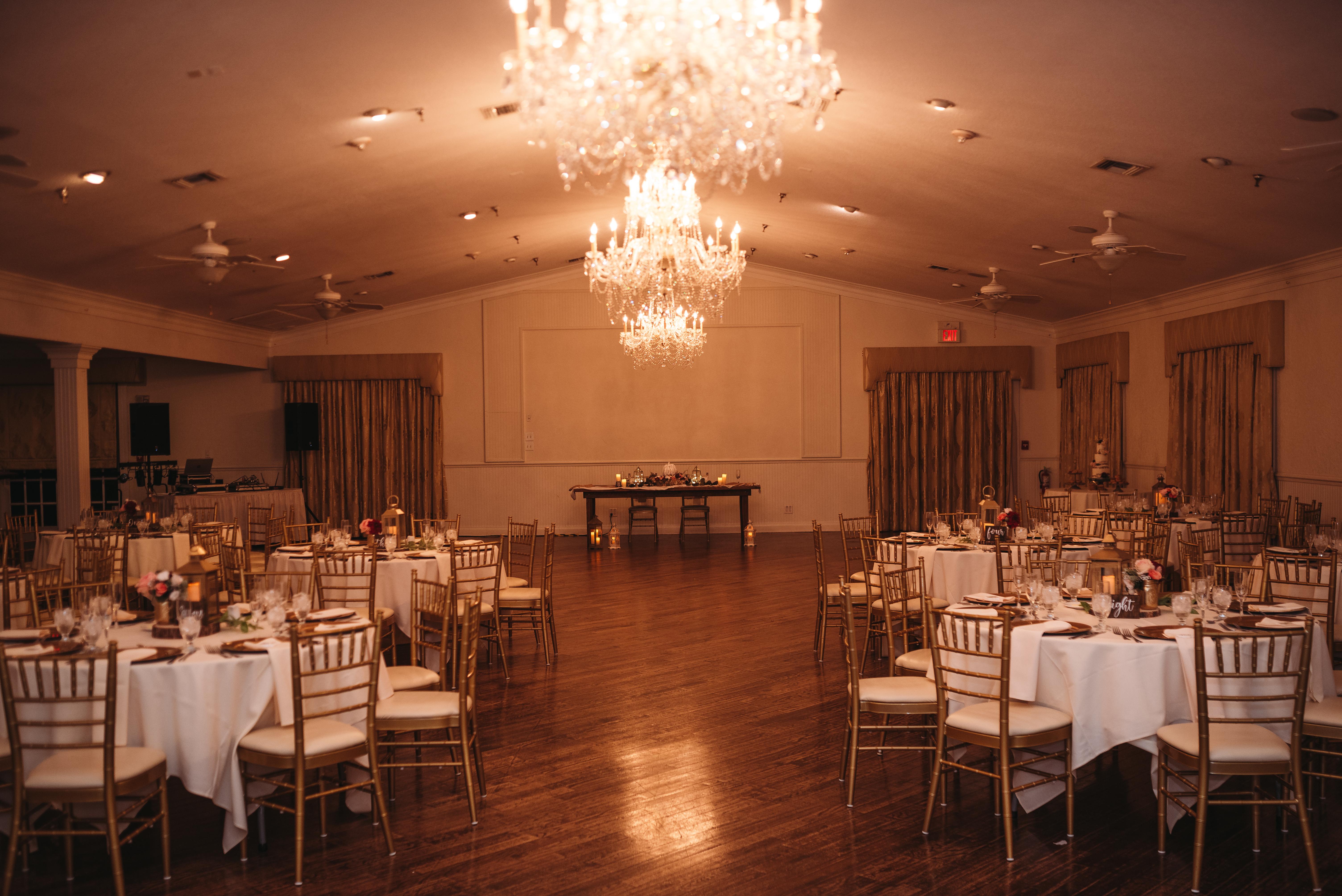 orlando wedding venue - the highland manor - dubsdread catering - ballroom