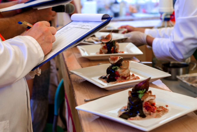 Alabama Coasting Magazine Day 3 of World Food Championships - Rockin & Rollin World Food Championships 2017 Day 3 at the Wharf