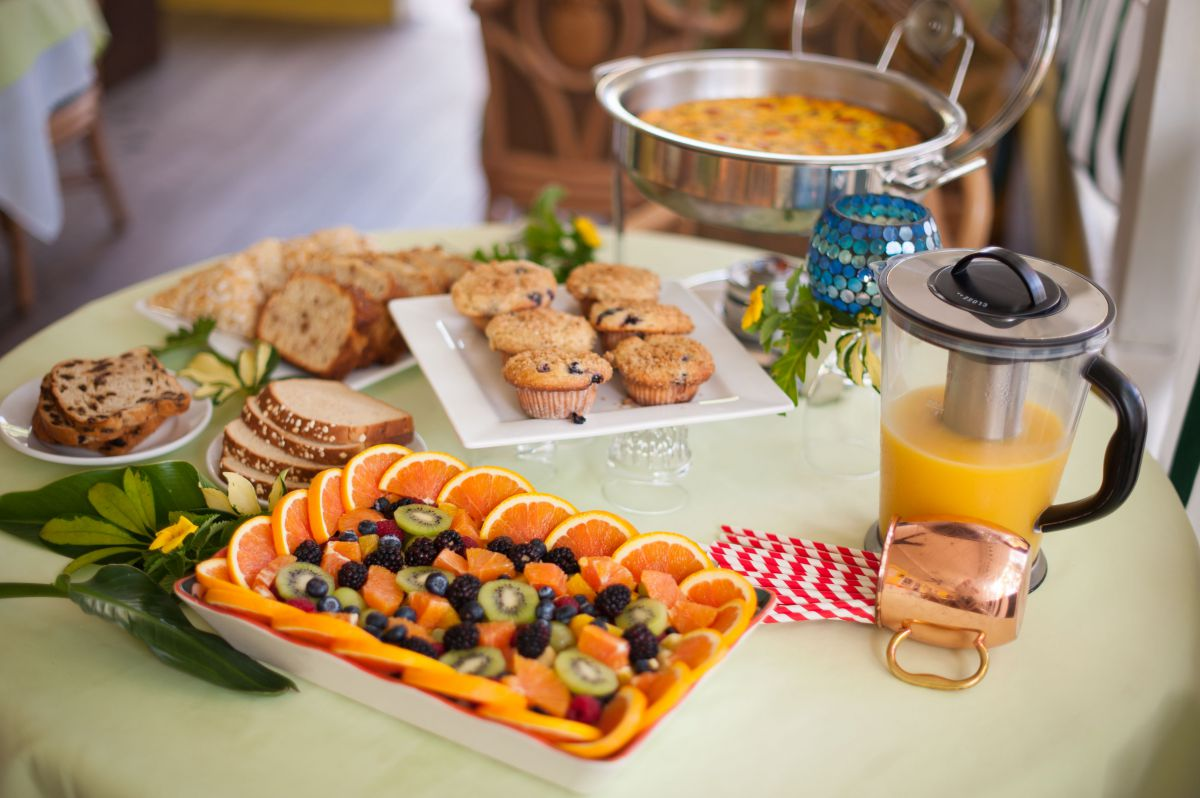 Breafast Buffet Options with Orange Juice