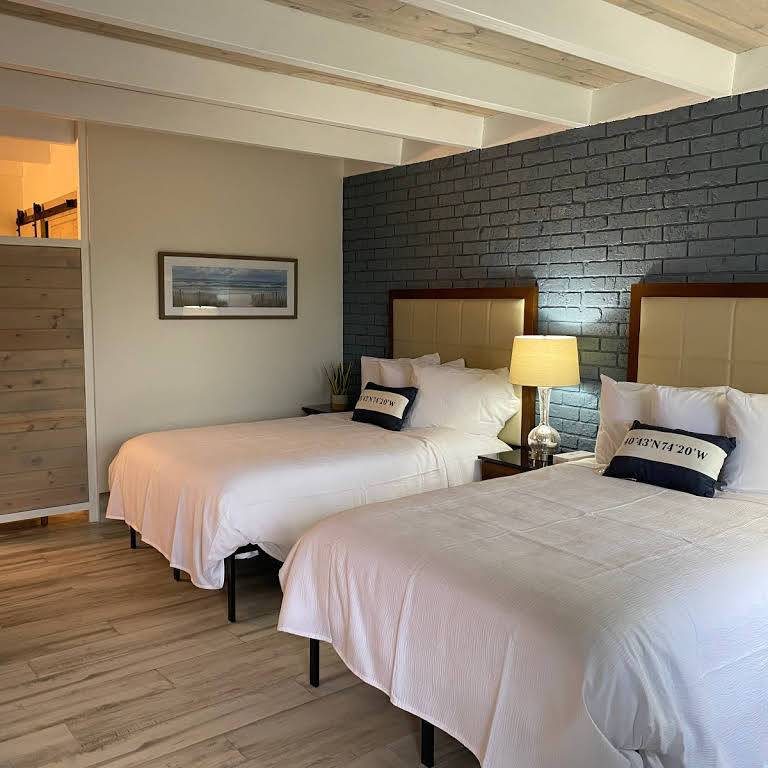 Gulf Coast Inn Beds