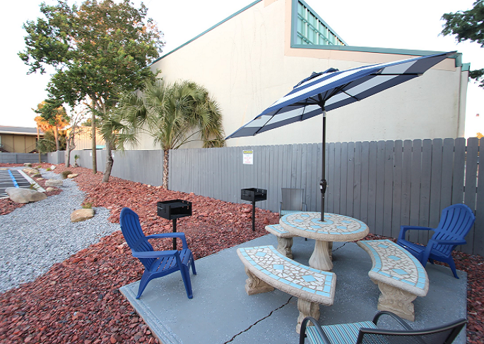 Anchor Inn Pensacola Florida Patio View