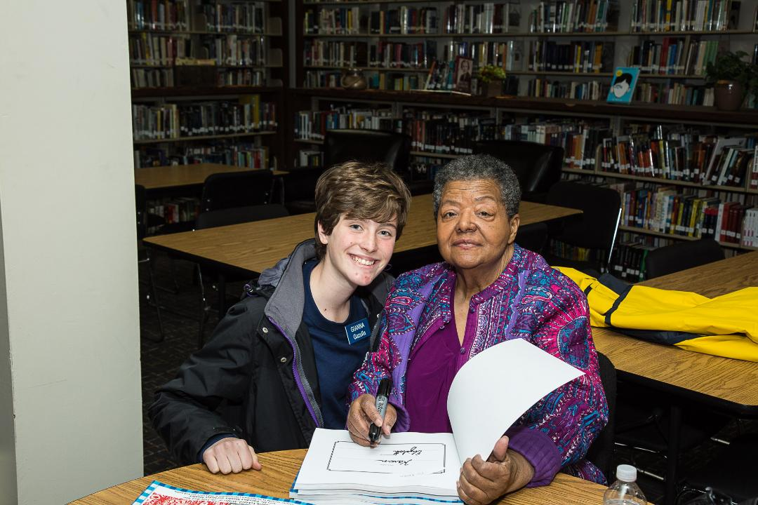 Elizabeth Eckford with fan at book signing