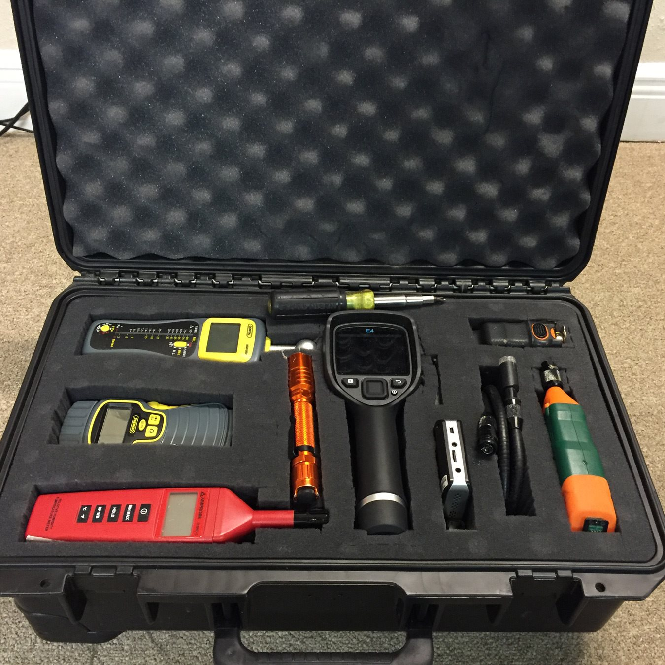 Mold Assessment Toolbox  with tools