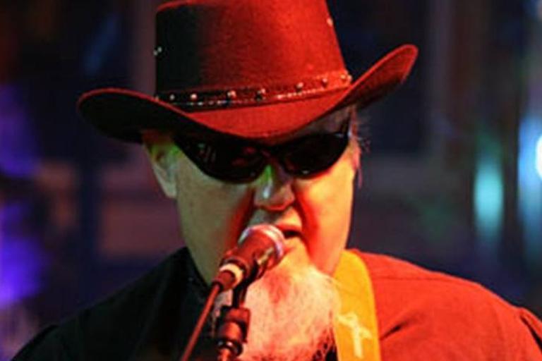 Bryan Lee singing