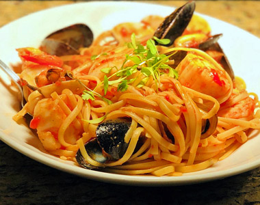 Pasta with muscles