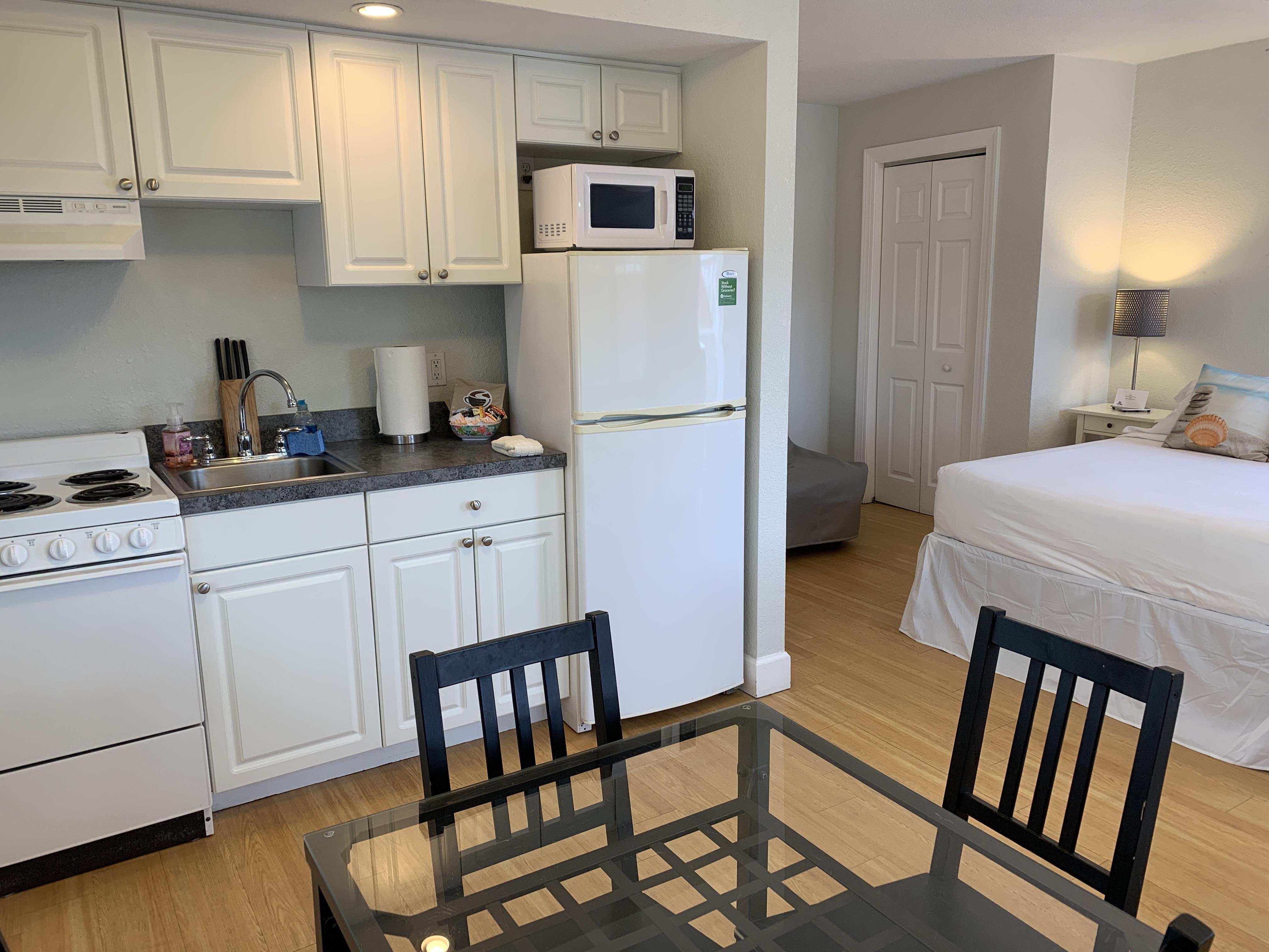 Unit 6 Studio with Kitchen