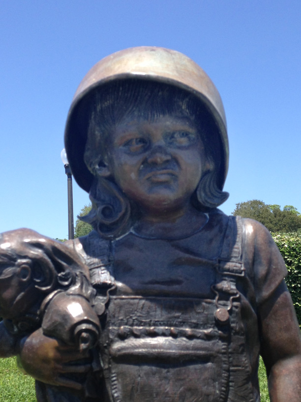 Children's Memorial close-up