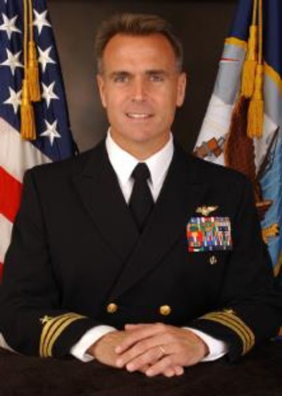 photo of Commander Scott Moyer