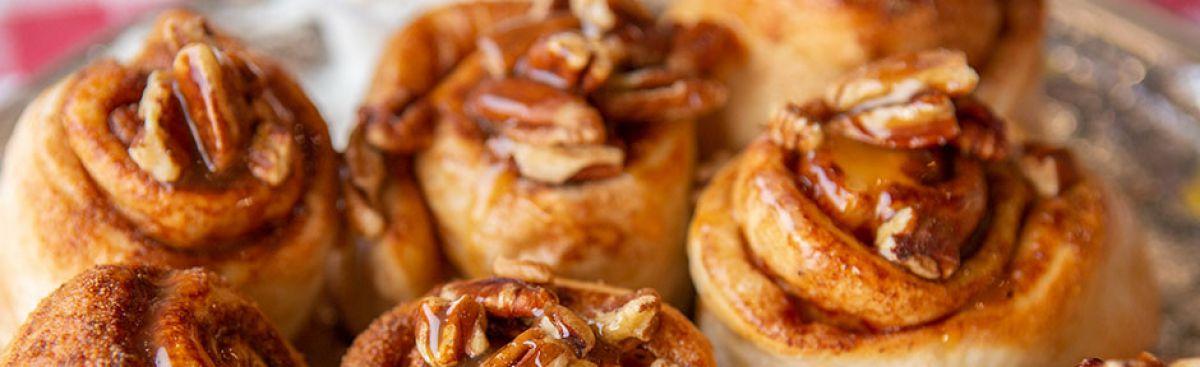 Cinnamon Pecan Caramel Pinwheels