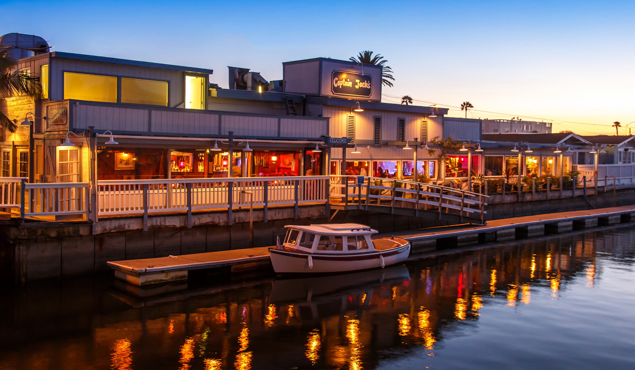 waterfront exterior view of Captain Jacks restaurant