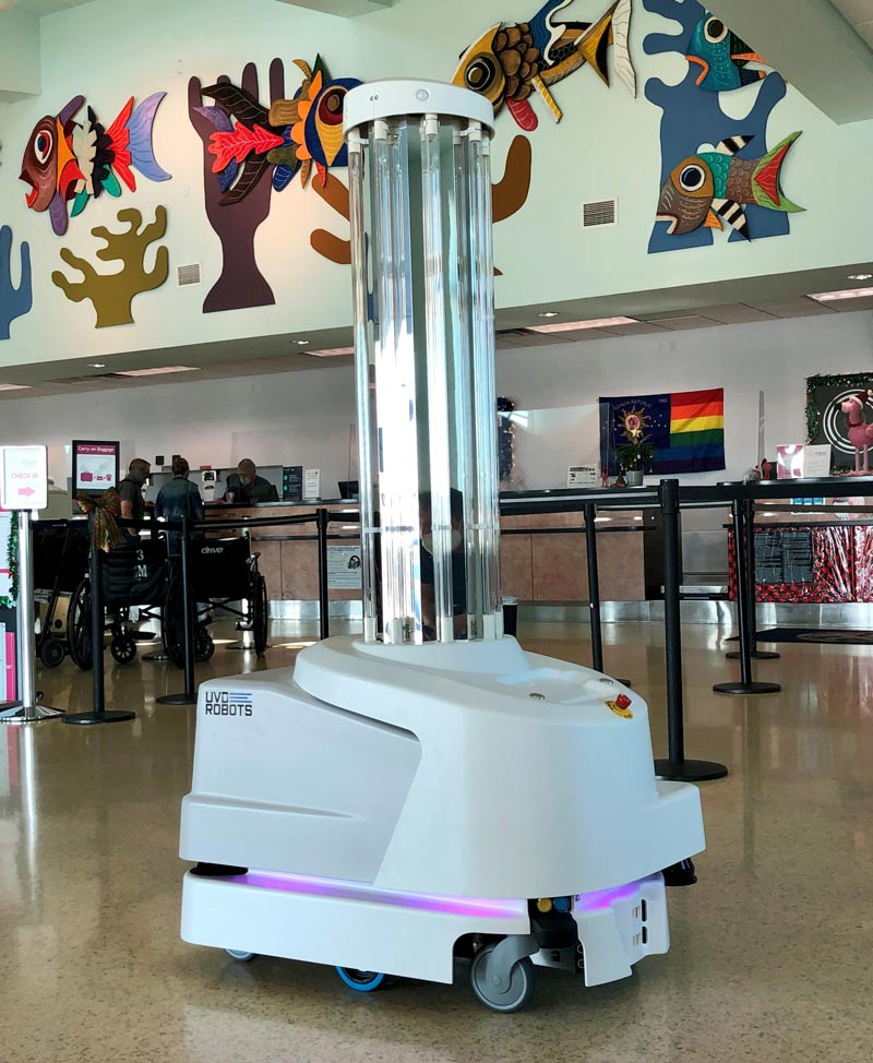 Robot Enhances Airport Cleaning