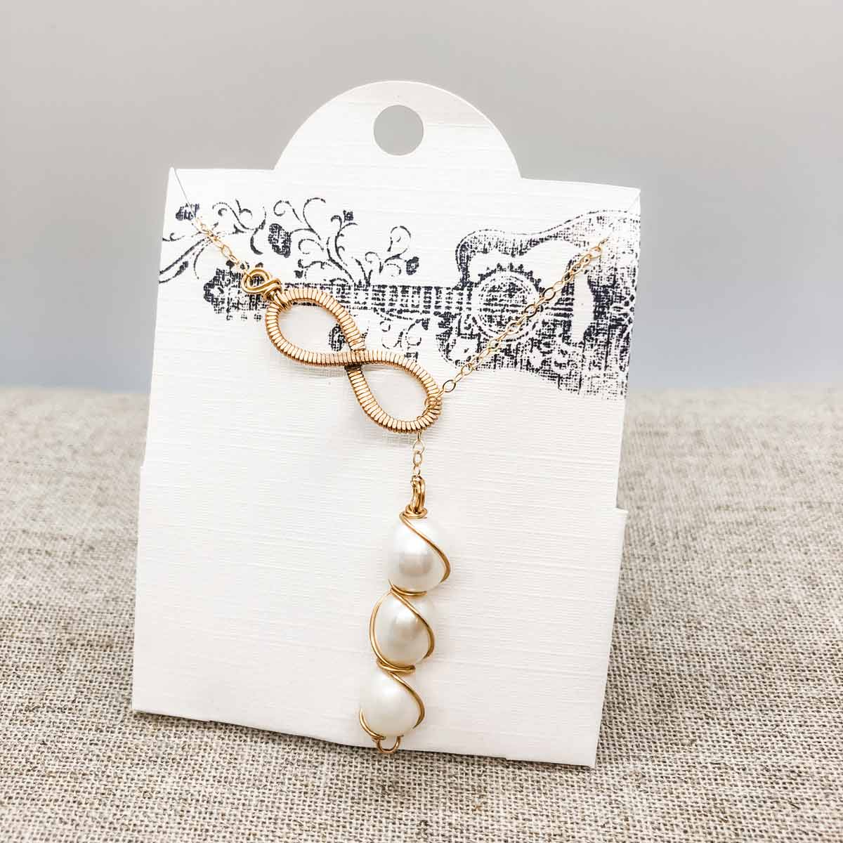 Pearl Gemstone Necklace