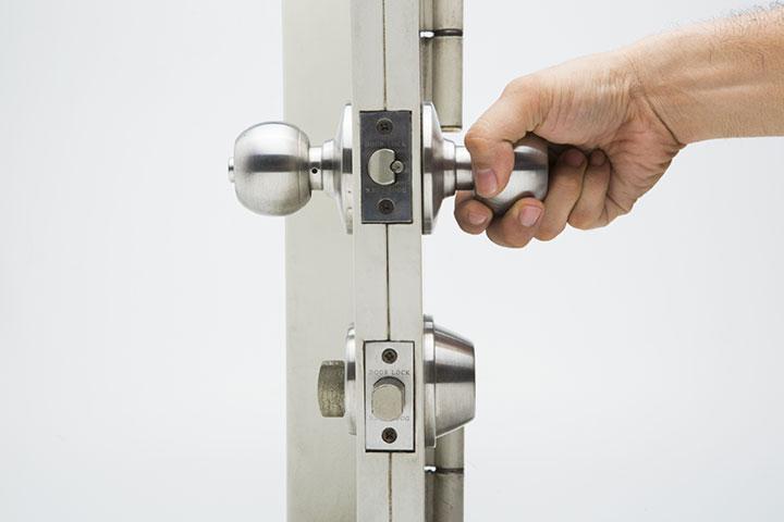 Hand Turning Knob of Door